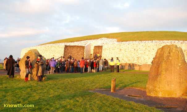 Newgrange Winter Solstice sunrise